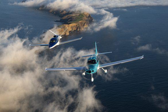 Cirrus SR22 a Cirrus Vision Jet